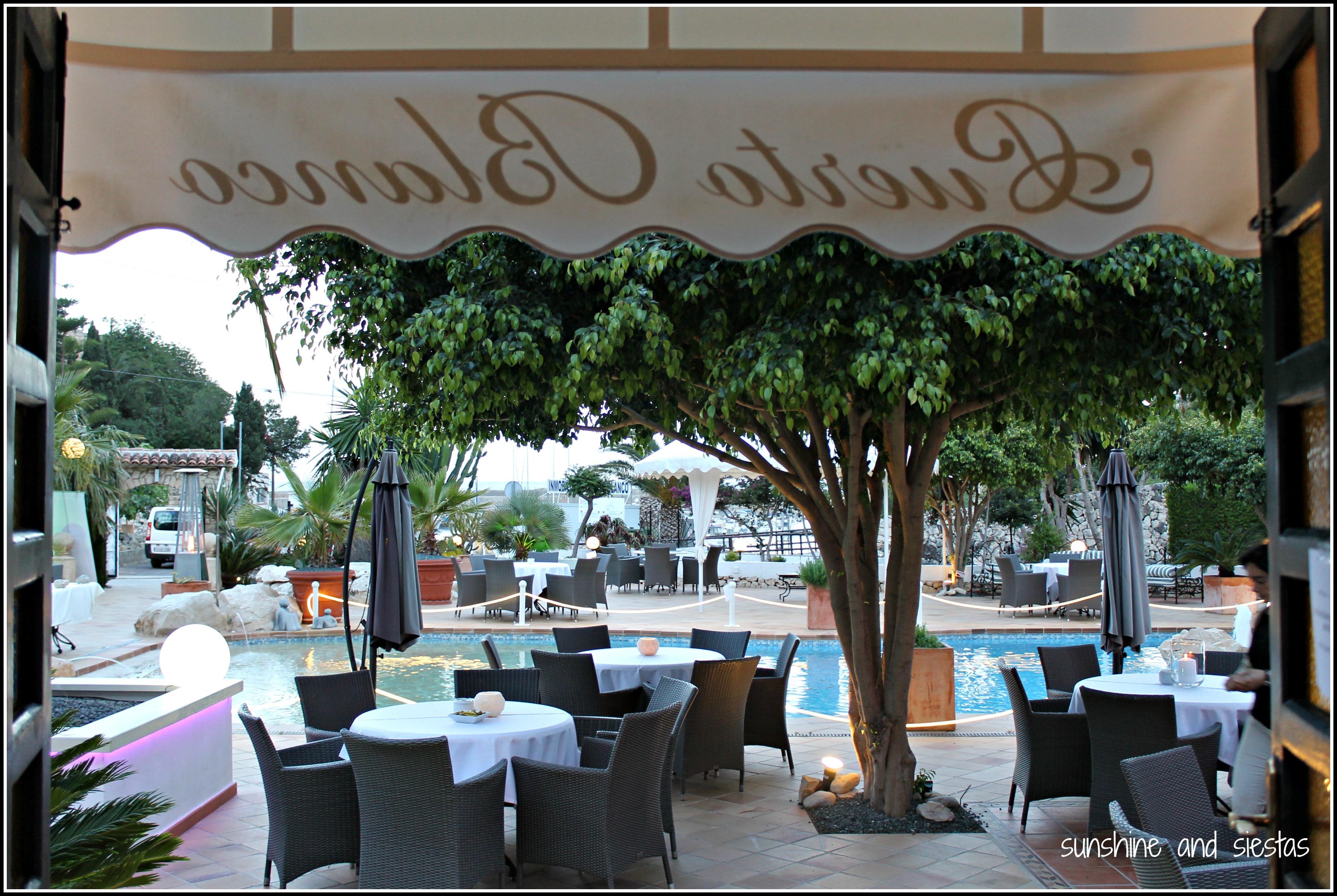 Tapas thursday restaurante puerto blanco sunshine and siestas an american girl in seville - Restaurante puerto blanco calpe ...