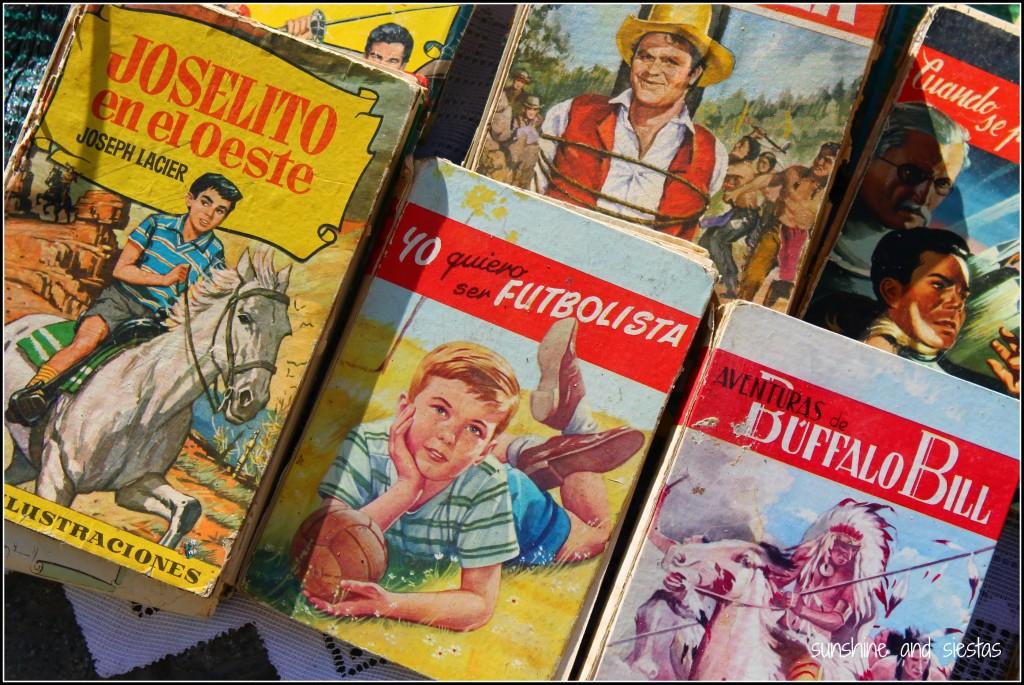 vintage books El Jueves Market Sevilla
