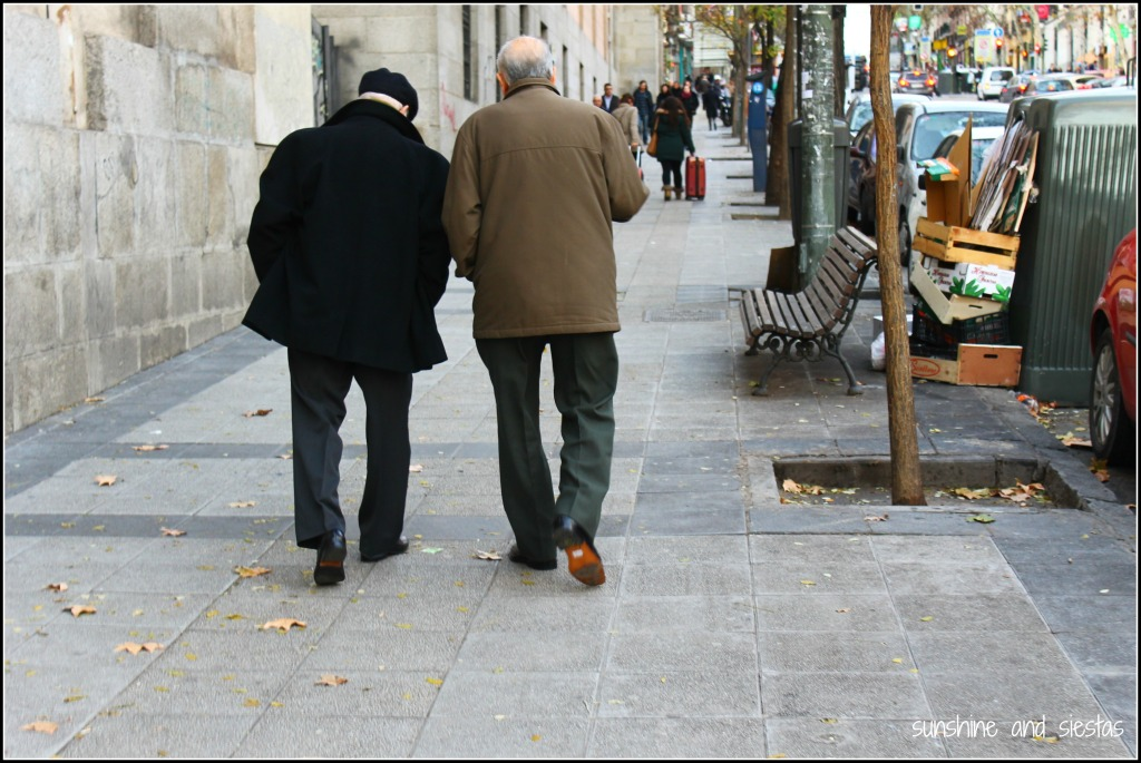 Spanish abuelos in Barcelona