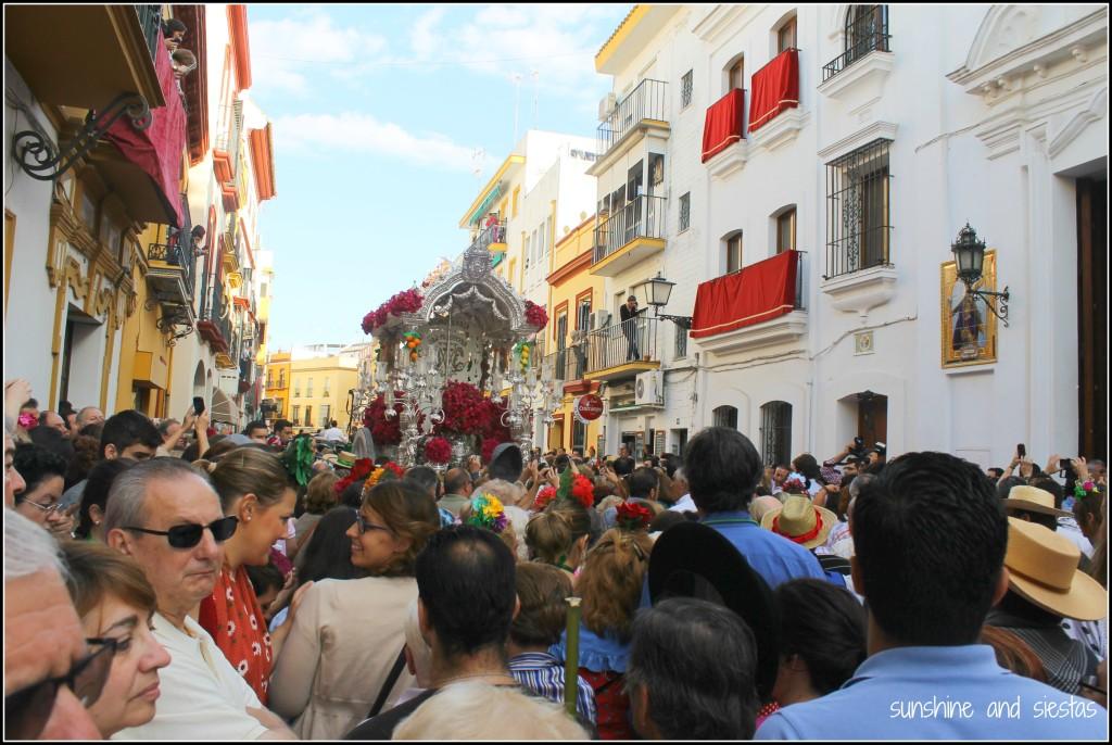 Calle Pureza during El Rocio